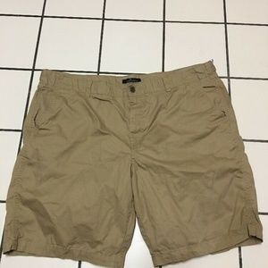 # 386-- Marc Anthony brown casual shorts, size 42,